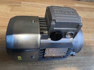 ELECTRIK MOTOR MERK BONFIGLIOLI
